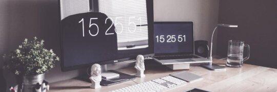 Anspruch auf einen höhenverstellbaren Schreibtisch
